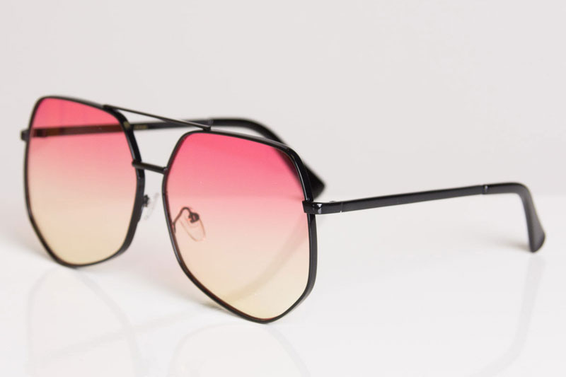 Color-Lens-Cheap-Sunglasses-crop