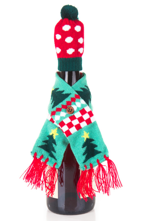 tree wine hat and scarf
