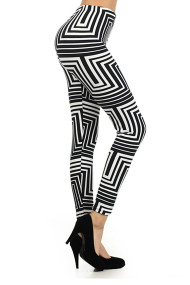 geomentric-printed-leggings-black-white