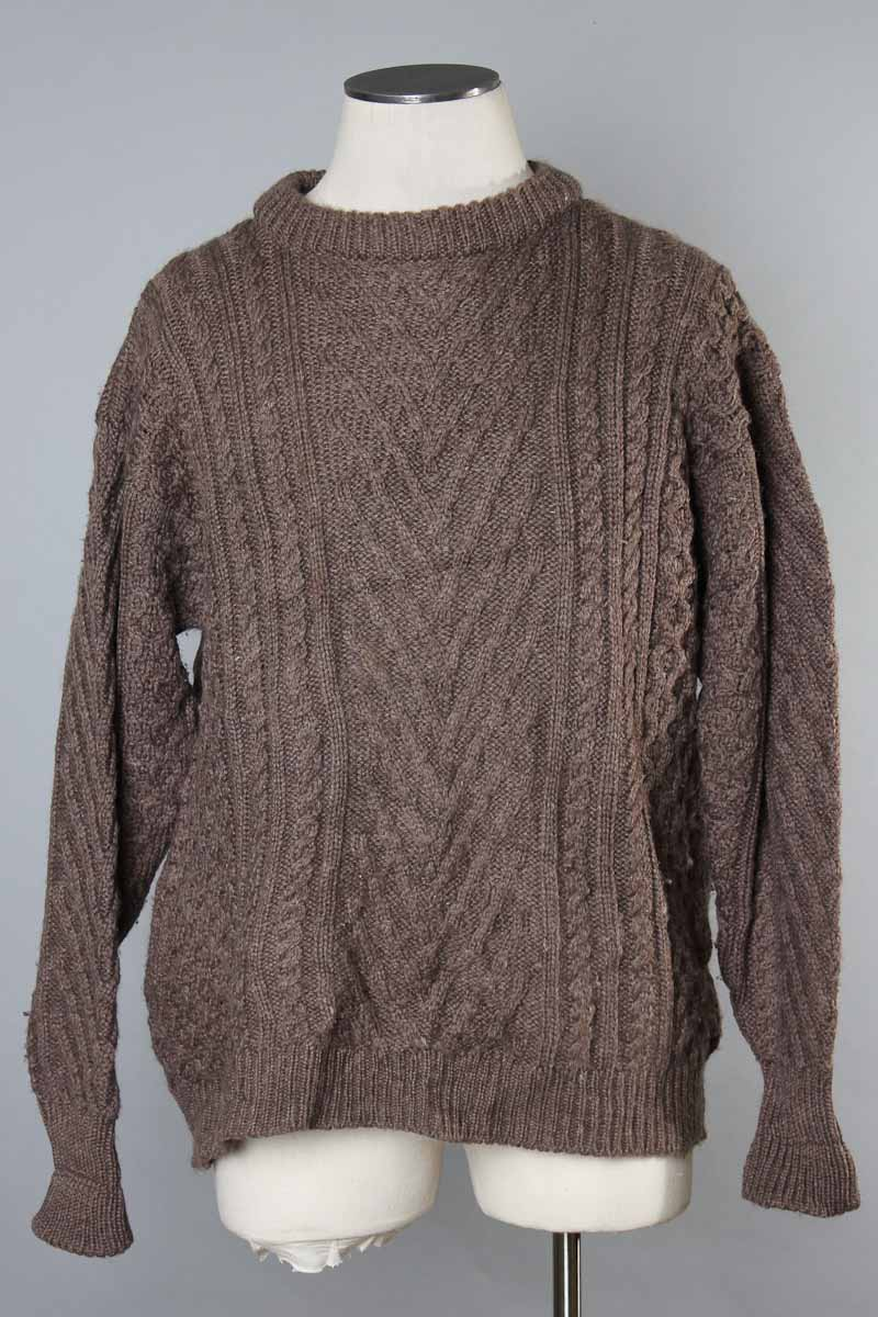 Find the very best of Irish Aran sweaters here at The Irish Store. Irish cardigans in super soft merino wool, as well as modern styles for him such as shawl collar sweaters and on-trend looks for her including stylish Aran coats and dresses. Delivered worldwide directly from Ireland.
