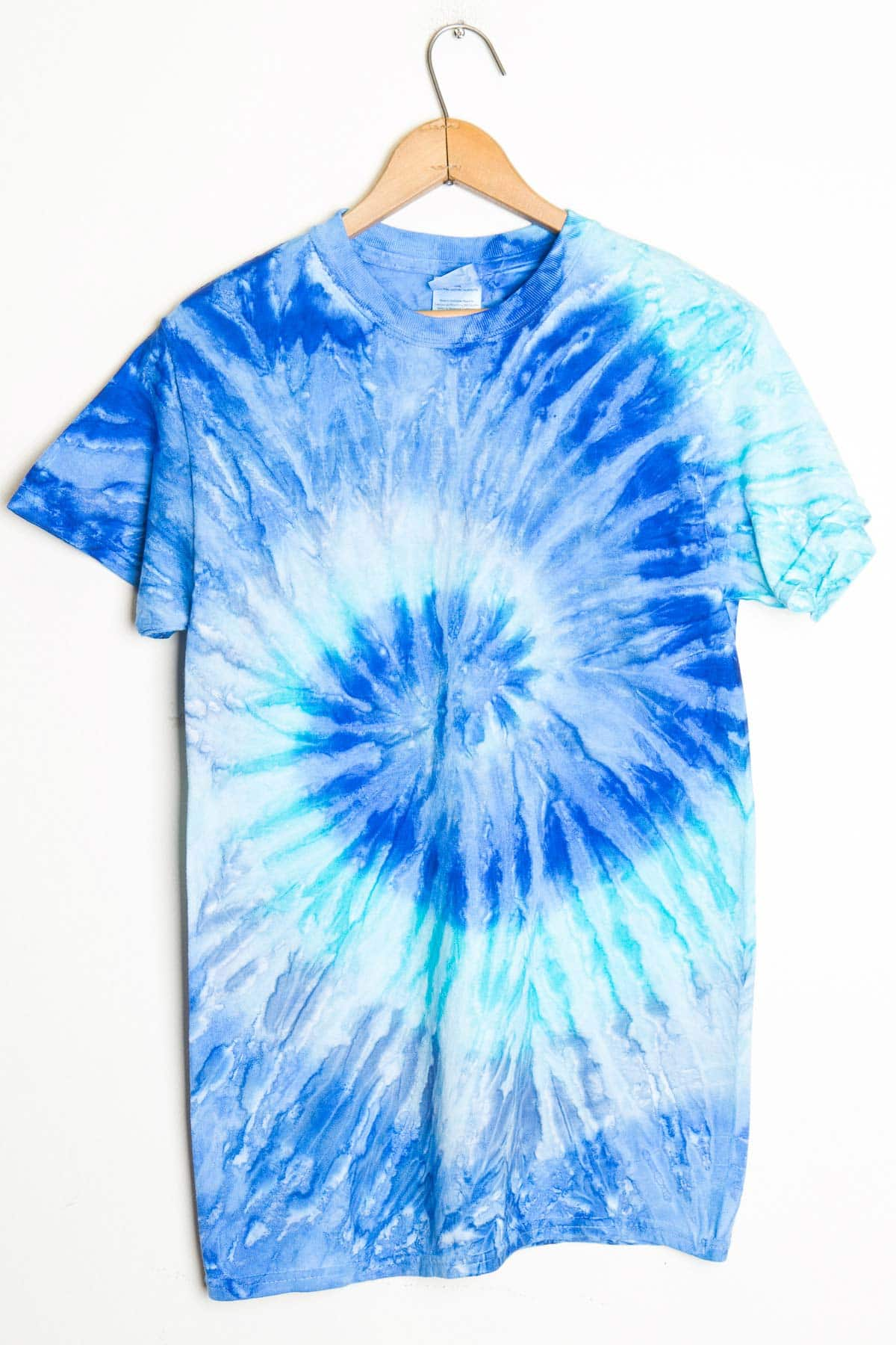 blue and white tie dye shirt kamos t shirt. Black Bedroom Furniture Sets. Home Design Ideas