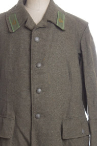 vintage military jacket tight 24 190x285 Vintage WWII Era Military Jacket